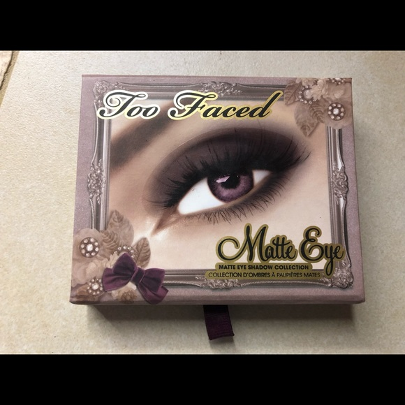 Too Faced Other - Too faced shadow palette, new